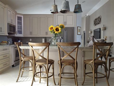 kitchen island with 4 chairs kitchen island chairs pictures ideas from hgtv hgtv