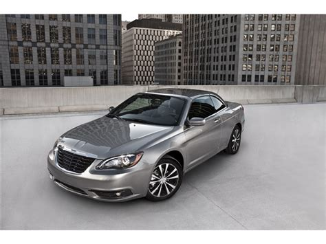 Chrysler 200 Reviews 2013 by 2013 Chrysler 200 Prices Reviews And Pictures U S News