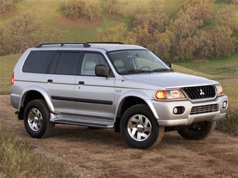 blue book value used cars 2005 mitsubishi pajero security system 2004 mitsubishi montero sport pricing ratings reviews