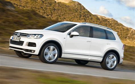 volkswagen suv touareg comparison volkswagen touareg v6 executive 2017 vs