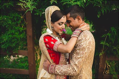 indian wedding photography uk asian indian hindu sikh wedding photographer surrey uk