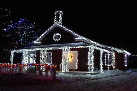 5 Led Christmas Lights On Houses 2015 11 Nationtrendz Com Light On Houses