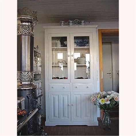 eleganter landhausstil eleganter wei 223 er k 252 chenschrank im landhausstil verkauft