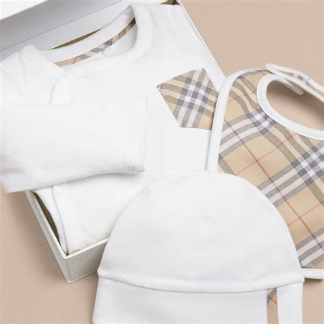 Buberry Set check cotton three baby gift set in white boy burberry united states