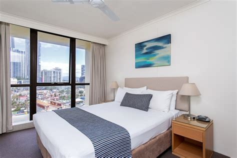 the bedroom surfers paradise schoolies gold coast breakfree beachpoint accommodation