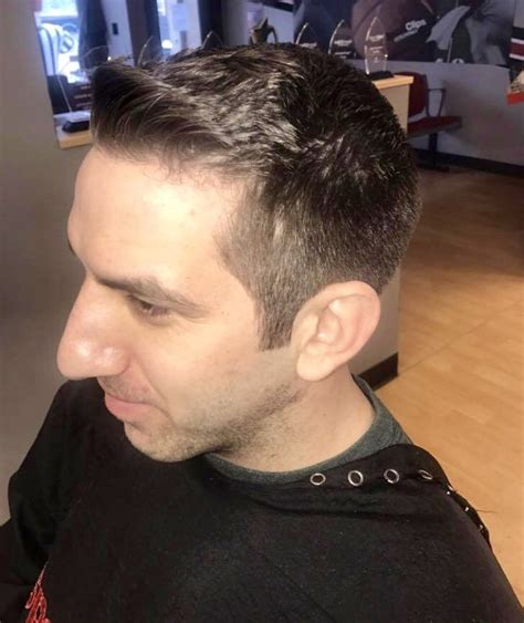 haircut ashland chicago sport clips haircuts of chicago west lakeview 47