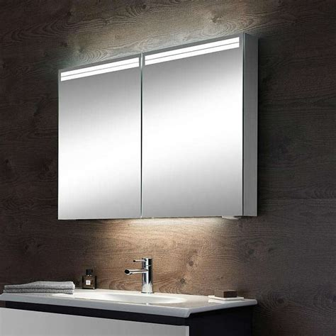 schneider graceline 3 door mirror cabinet uk bathrooms schneider graceline bathroom mirror cabinet memsaheb net