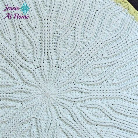 crochet rug patterns easy easy mandala crochet rug favecrafts