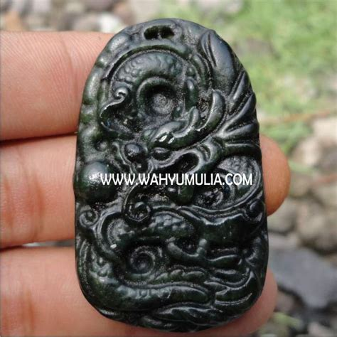 Liontin Giok Hitam A K A Black Jade Aceh Minimalis liontin giok hitam ukir naga kode 177 wahyu mulia