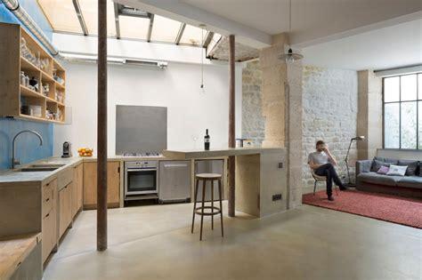 Cuisine Carrée Ouverte by Small Budget Renovation Reveals A Loft S Parisian Charm