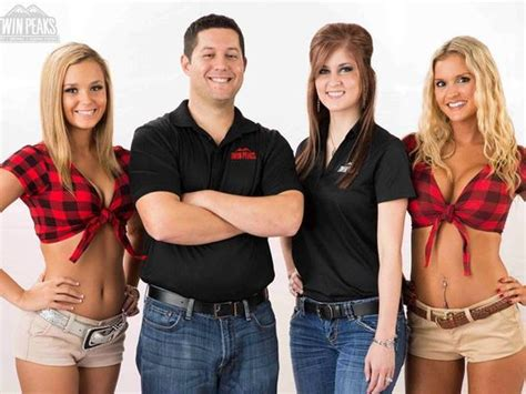 Hooters Kitchen Staff by Hooters Rival Peaks Coming To Eastchase