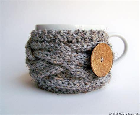Babyelle Cozy Ts Grey coffee cup cozy in grey marble cabled cup cozy coffee sleeve gray wood woodlandt