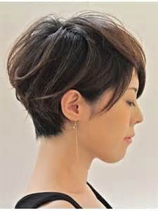 hairstyles while growingout a cut hairstyles while growing out short hair ideas 2016