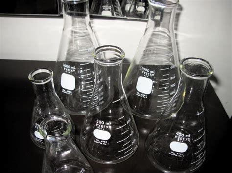 Pyrex Erlenmeyer 1000ml Original metro modern pyrex lab beakers