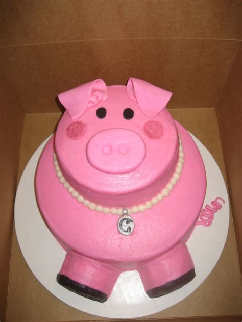 Pig Anniversary Cakeq 3567 best images about cakes on swimming pool cakes square cakes and batman cakes