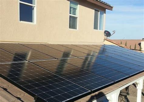 Solar Panel Patio by Solar Patio Covers Mr Build Solar Panels Los Angeles Solar Panels On Pergola