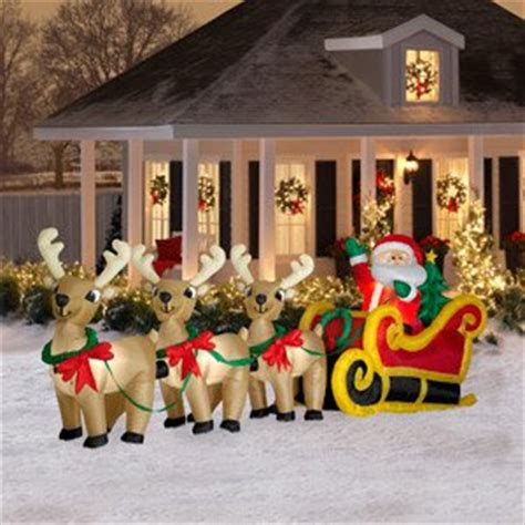 fun outdoor christmas house decorations decorating your yard with outdoor inflatables decorating