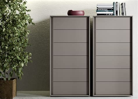 Bedroom Dressers Sizes Size Of Bedroom Furniture Sets Chest Drawers Narrow