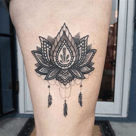 tattoo lotus epaule 17 best ideas about tatouage cuisse on pinterest