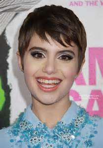 Sami gayle sweet low maintenance pixie haircut for a heart shaped