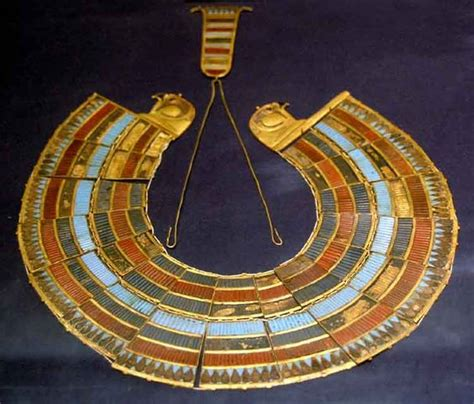 tutankhamun ancient egyptian jewelry and collars on pinterest