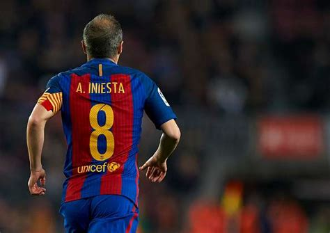barcelona believe andres iniesta will leave for chinese barcelona transfer rumour andres iniesta turns down 35