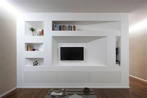 parete libreria in cartongesso parete attrezzata con libreria in cartongesso e tv sospesa