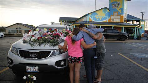 sinking boat in branson mo survivors recount deadly missouri duck boat sinking los