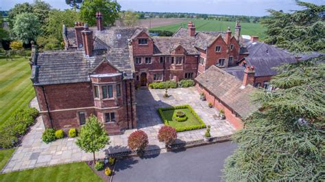 country estate wedding venues uk colshaw country estate wedding venue in peover