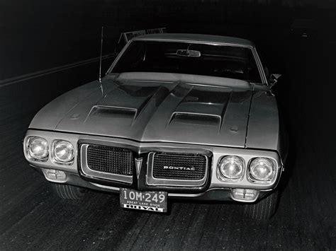 pontiac firebird trans  prototype   concept cars