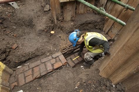 curtain theatre london remains discovered from theatre where shakespeare s