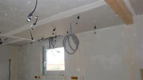 implantation spot plafond pose plafond cuisine couloir implantation spots 25 12 31