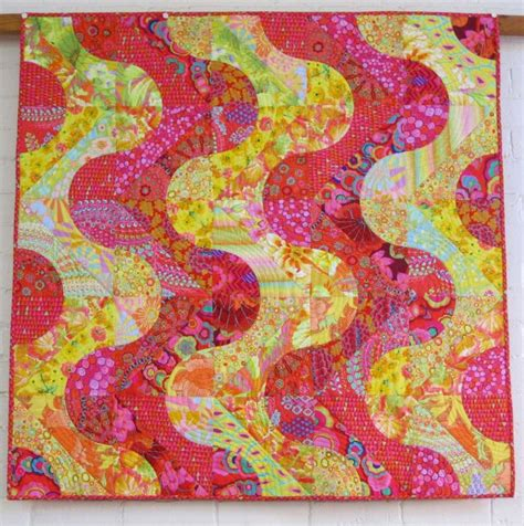 Kaffe Fassett Quilt Kits Australia by 1000 Images About Kaffe Fassett On Triangle Quilts Fabrics And Quilt Kits