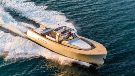 dream weekend boat cruise alen 55 yacht is a weekend cruiser s dream boat