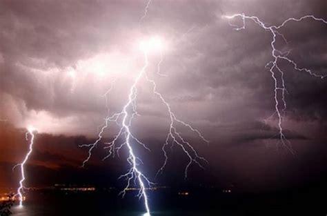 allerta meteo pavia allerta meteo previsti forti temporali nelle prossime ore