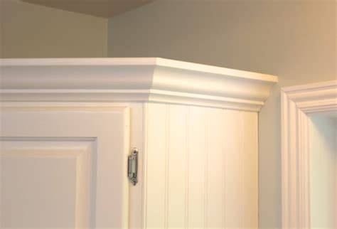 Add Moulding To Kitchen Cabinets Add Crown Molding To Existing Kitchen Cabinets How To