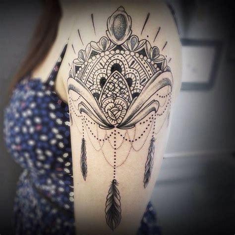 tattoo mandala no ombro by bastarzt tattoo on instagram shoulder tattoo