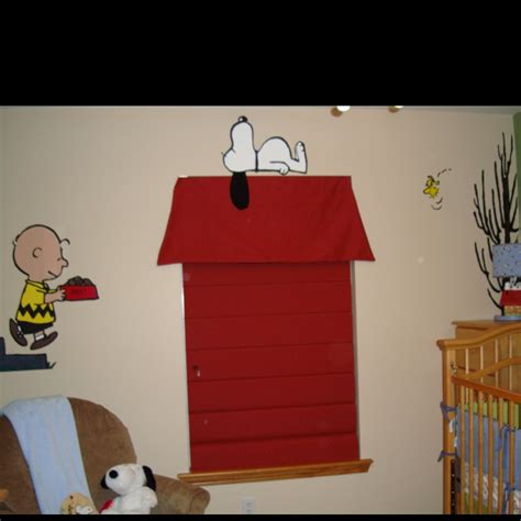 Snoopy Nursery Decor Great Idea For A Nursery If You Are A Snoopy Fan Decorating Pinterest Ideas And