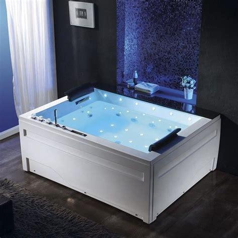 baignoire pour deux 25 best ideas about baignoire balneo sur