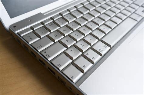 Macbook G4 ode to the 12 inch powerbook g4 apple s desktop