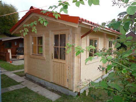 Gartenhaus Regenrinne