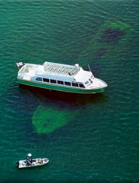glass bottom boat tour michigan glass bottom boat shipwreck tour marquette pictured