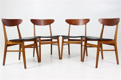 Teak Dining Chairs Modernism Dining Chairs In Teak From Farstrup Savvaerk Davint Design