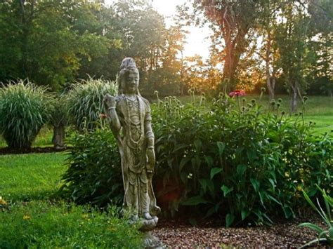 50 Stunning Garden Statue Ideas Ultimate Home Ideas Flower Garden Statues