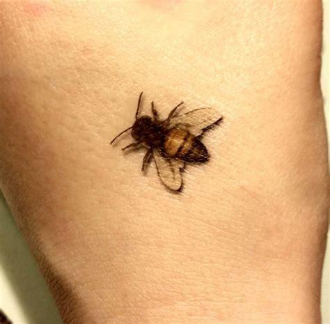 honey bee tattoo honey bee realistic honey bee tattoos temporary