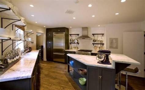 Celebrity Interior Homes jennifer aniston kitchen hooked on houses