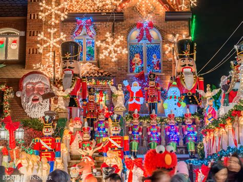 best christmas light show stunning photos of the brooklyn neighbourhood that puts on