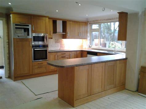 rutland oak shaker kitchen  chesterfield  nankivells