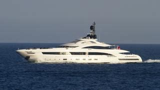 yalla yacht boat international