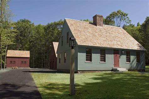 early new england primitive exterior house colors joy 17 best images about center chimney capes on pinterest